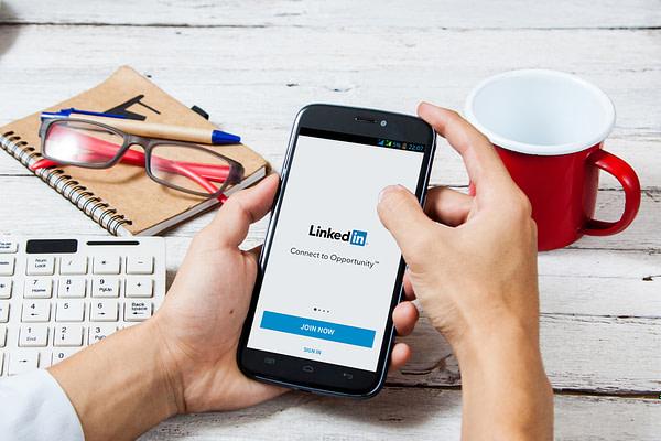 LinkedIn on Mobile